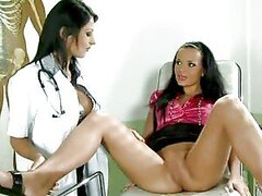 Stunning Doctor Loves To Lick Patient Cunt