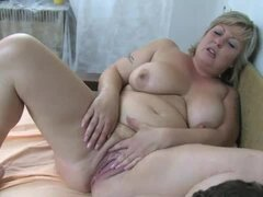 He has delighful threesome with granny and milf