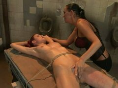 MAnDy Bright fingered hard a bound sexy babe