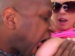 Blonde with big tits Giselle Monet lets hunk with huge black dick to smash her up
