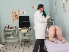 Chubby old chick sees her doctor