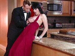 Gold Digger Eva Karera seduces a younger man