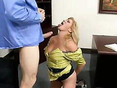 Ginger Lynn takes a long hard cock on her mouth