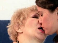 Grannies and Teens make lesbian Love in a Compilation