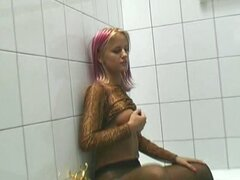 Sexy cynthia in pantyhose in the shower