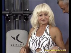 sexy muscle mom needs a hard fuck