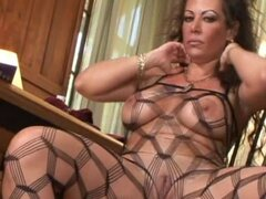 Oral sex from milf in body stocking