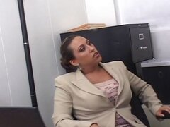 Busty mom at work trades head, gets drilled and sucks him off