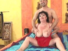 mature fat broad takes a hard cock up her old-ass gash