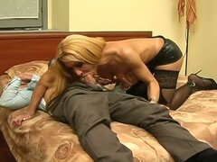 Mature dude fucking blonde tranny
