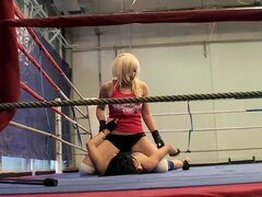 Blonde and brunette chicks having lesbian sex in the ring