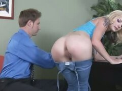 Anal queen Faye deep butting