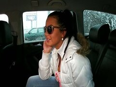 Pretty babe fucked in the back of a taxi