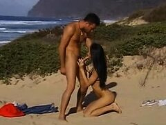 Pokahontas hot oral on the beach