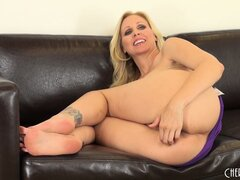 Julia Ann doesn't fool around when it come to masturbation action