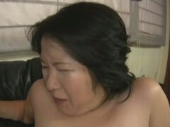 Chubby Asian Gets A Creampie Inside Her Shaved Pussy