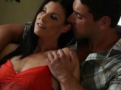 Milf India Summer gets some senual love