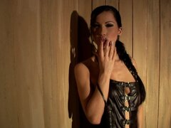 Slender brunette Sonja Black stretches her holes