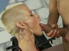 Busty and short haired babe Joslyn James gets fucked so nice