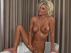 Stunning Blonde MILF Alicia Secrets Fingering Her Wet Pussy In The Bath