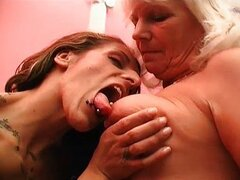 Busty blond mature slut gets her stinky