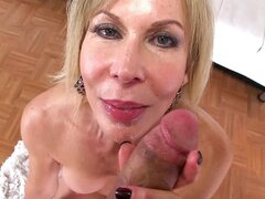 Blonde cougar enjoying POV pleasure