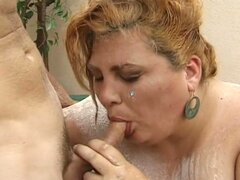 Big big slut fucked in mouth and ass very hard !