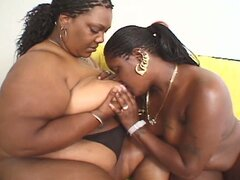 Ebony chicks - lez be hippos 2
