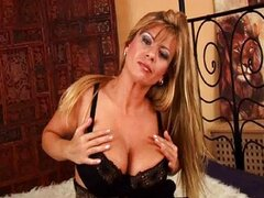 Gorgeous MILF with mature big tits