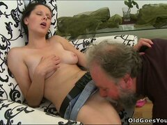 Simona has him licking her twat and returns the favor with a great blowjob