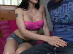 A professional whore shemale sucks the cock of her new client