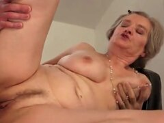 Moaning granny fucked in her cunt