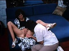 Retro Babe Linda Lovelace Sucks Cock and Swallows Cum - Deep Throat Scene
