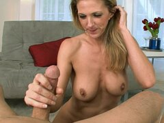 Roxanne Hall swallowing big load of hot sperm, enjoy