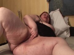 Mature chubby lady playing with her hungry snatch
