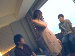 Hot japanese babe is masturbating for to horny dudes