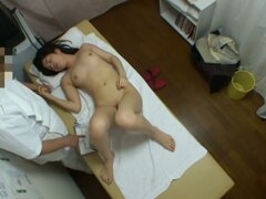 Dude gives hot finger and dick voyeur massage to Asian babe