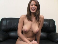 Sexy Asian Yuka shows off her body and gets right in the shower