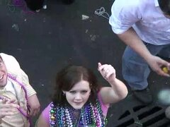Girls Flashing in New Orleans for Mardi Gras