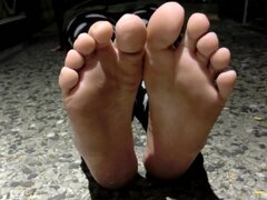 21 years old girls feet soles