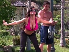 Outdoors Hardcore Sex For Busty Cougar Lisa Ann
