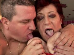 Fat granny Hetty gets her meaty pussy toyed and pounded