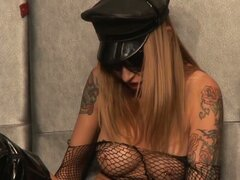 Tattooed kinky blonde diva solo pussy playing session