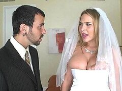 Alanah Rae Gets Married
