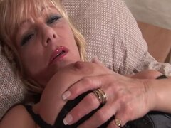 British mature pornstar Jane Bond enjoys her sweet pussy