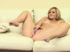 Alexis drives her twat to climax and enjoys the masturbation session to the fullest