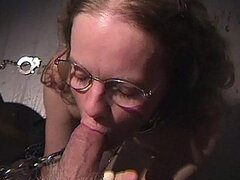 NERDY MATURE COCKSLAVE