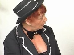 Fingering old hairy pussy on redhead
