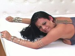 Devilish tranny whore extreme anal pounding session