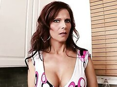 Syren De Mer is a hot mom. Sex dream of James